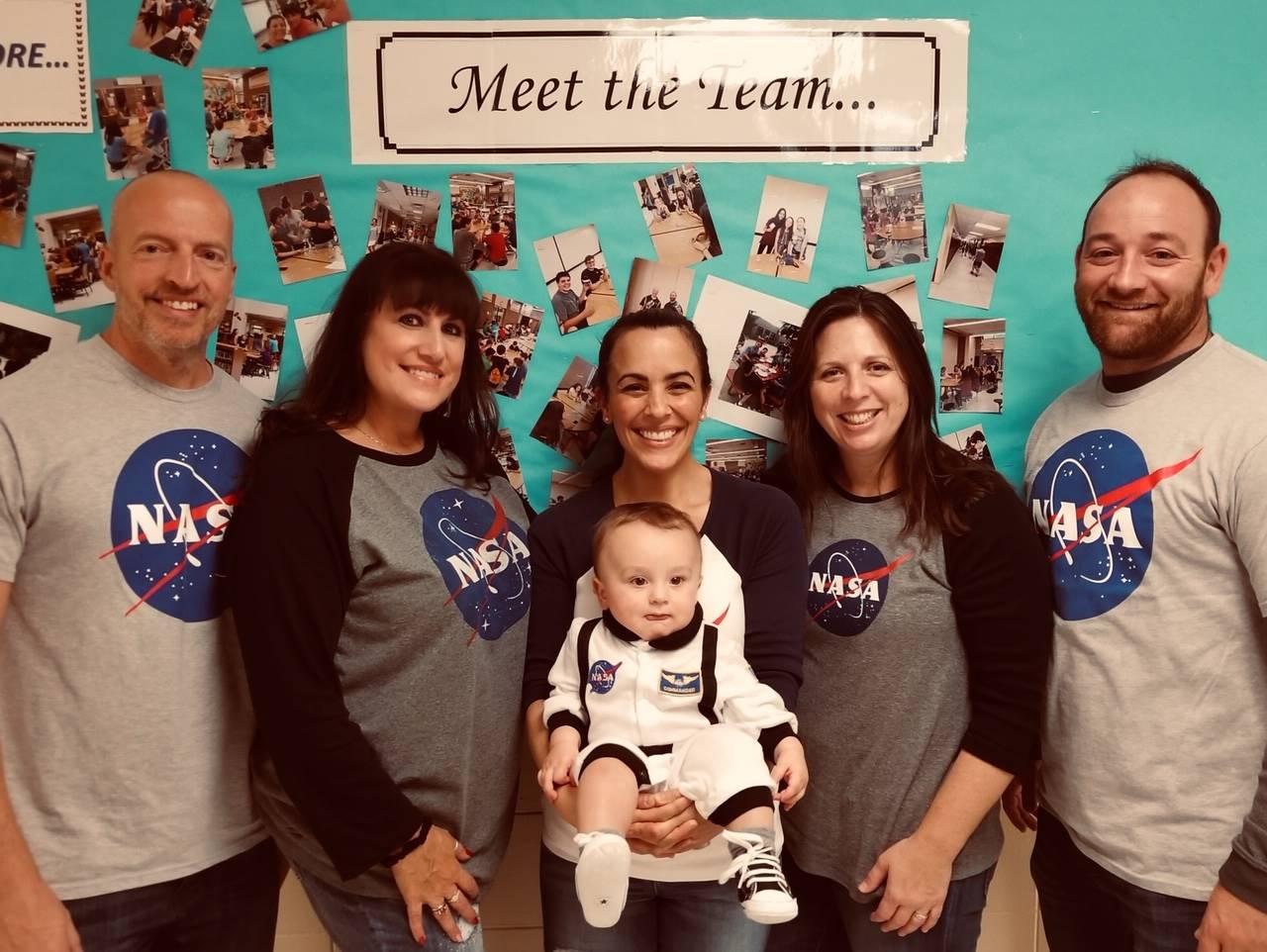 Team 8-1 Ambitious Astronauts