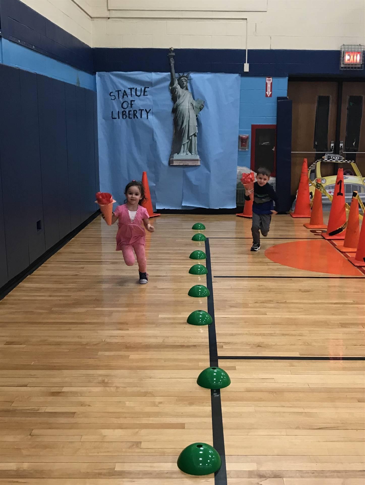 Photo of Wood park Gymnasium Theme : NYC 2019